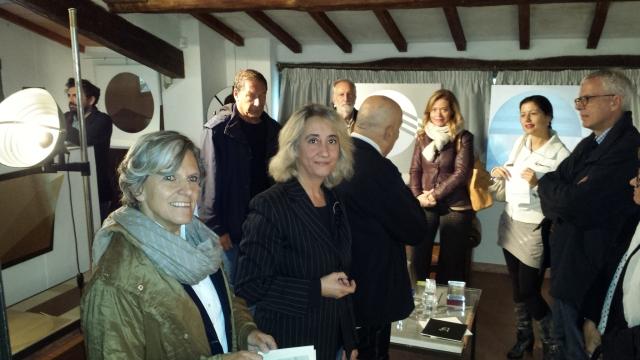 da sinistra > Marco Pace, Anna Ravoni, Riccardo Boccacci, Sabrina de Gaetano, marito Spadolini, miss X, Addetta, Bozzo ph Barbara Casalini