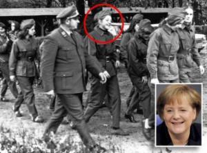 Angela Merkel in divisa ai tempi della DDR