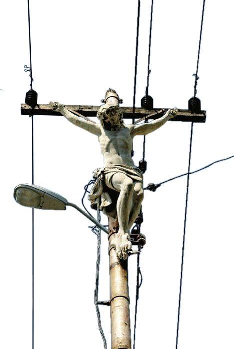 Cristo tra i fili della luce